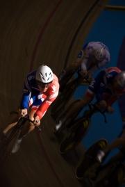 Steven Burke, Team Pursuit. Track Cycling World Cup. Manchester Velodrome. 01/11/2008. Nikon D200 - 1/160 sec @ f5.6, ISO 720 (0945_0173.jpg)