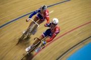 Geraint Thomas and Bradley Wiggins. Track Cycling World Cup. Manchester Velodrome. 02/11/2008. Nikon D200 - 1/60 sec @ f5.6, ISO 720 (0946_0149.jpg)