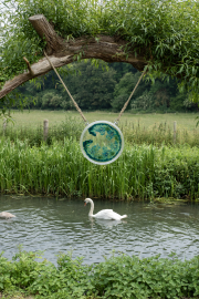 Hanging glass, with swan