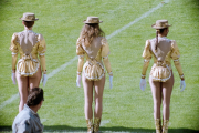 New Orleans cheerleaders