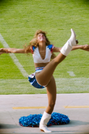 Bills cheerleader