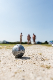 Naked Petanque